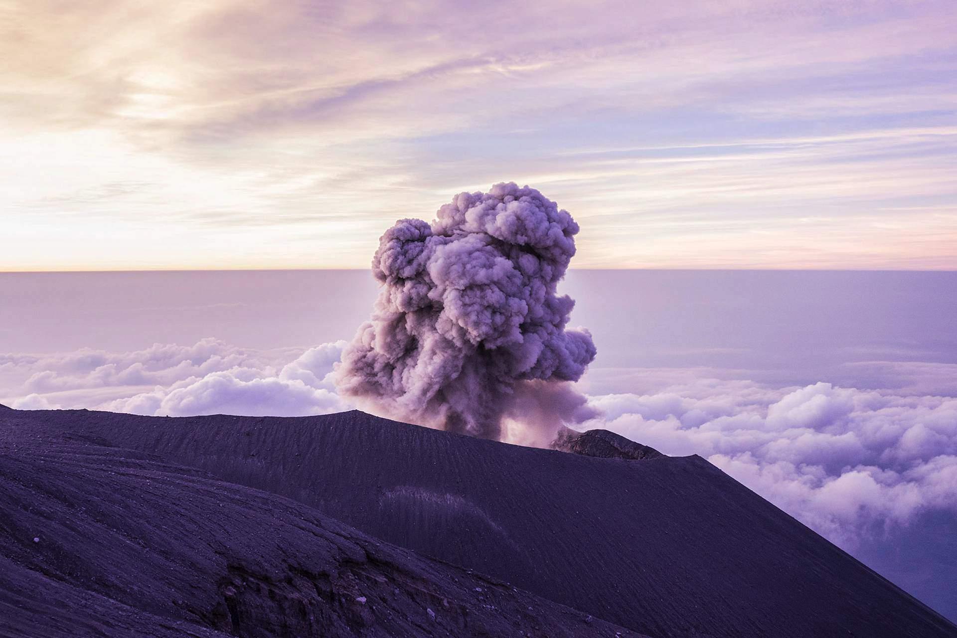 Semeru Volcano Trek